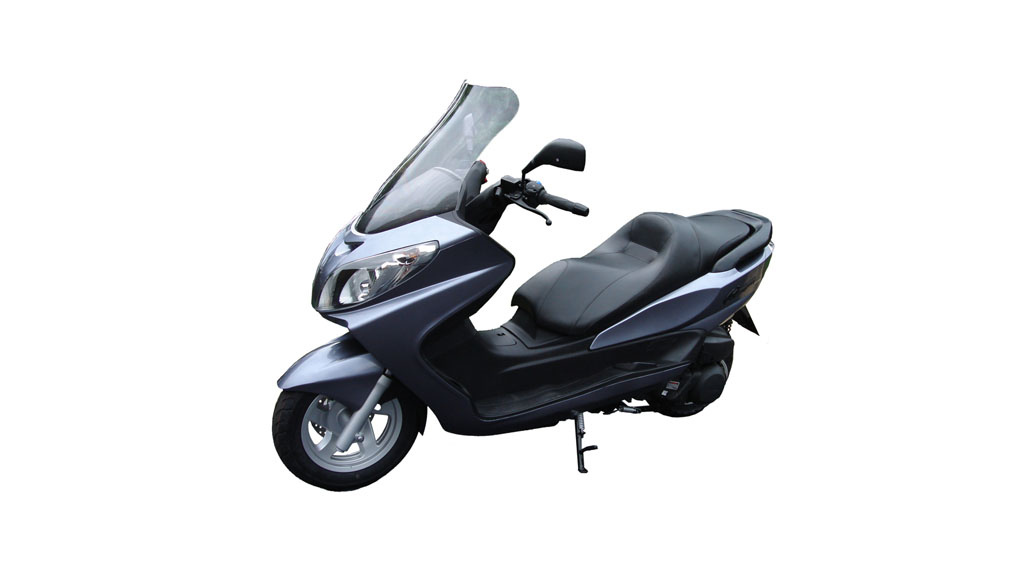 Linhai scooter front